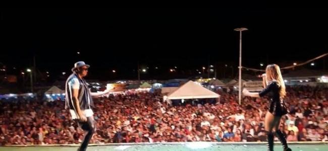 Show da Lexa em Recreio. Foto: Facebook Lexa Oficial.