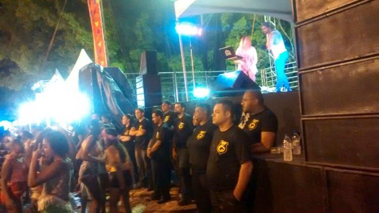 Equipe de seguranças no Carnaval.