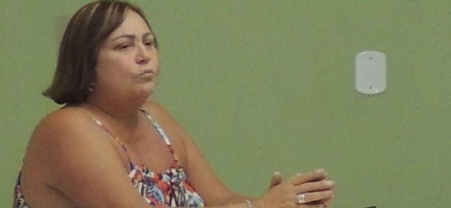"""Maria José Lacerda """"Zezé, secretária de Educação de Recreio."""