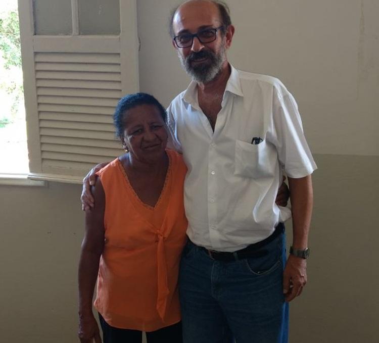 Elza Helena, da ERUS, e o prefeito, Zé Maria Barros.