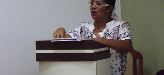 Secretária de Saúde, Gabriela Helena de Paula.