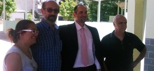 Secretária de Saúde, prefeito, promotor e presidente do Lar dos Velhos.