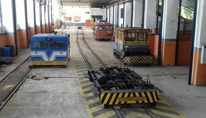 Autos de linha na oficina de Recreio.
