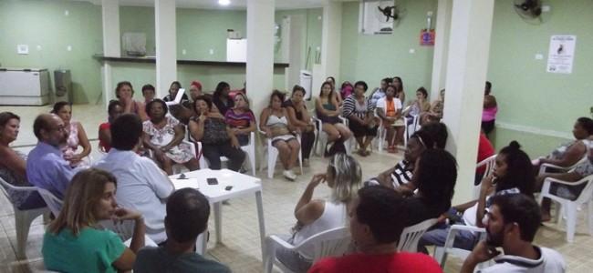 Reunião do grupo de artesãos de Recreio realizada em abril.