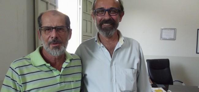Técnico da EMATER e o prefeito de Recreio.
