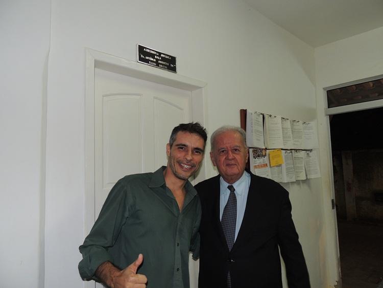 Dr. Antônio e o funcionário Claudenir.