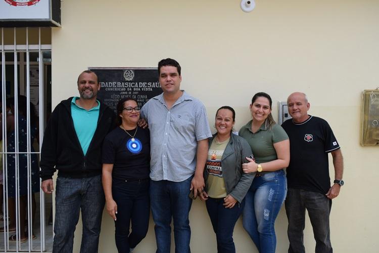 Secretário Diego Pena com secretária de saúde, Gabriela Helena, vereador Pororoca e equipe da saúde.