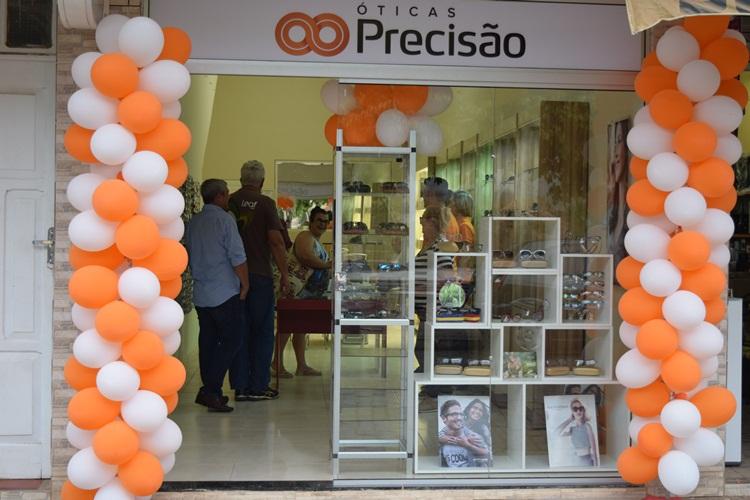 Óticas Precisão está em novo endereço em Recreio   Pólis Recreio f68a978d13